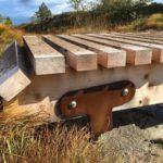 Stålbrakettene av corten-stål, får etter kort tid en dekorativ rustoverflate.